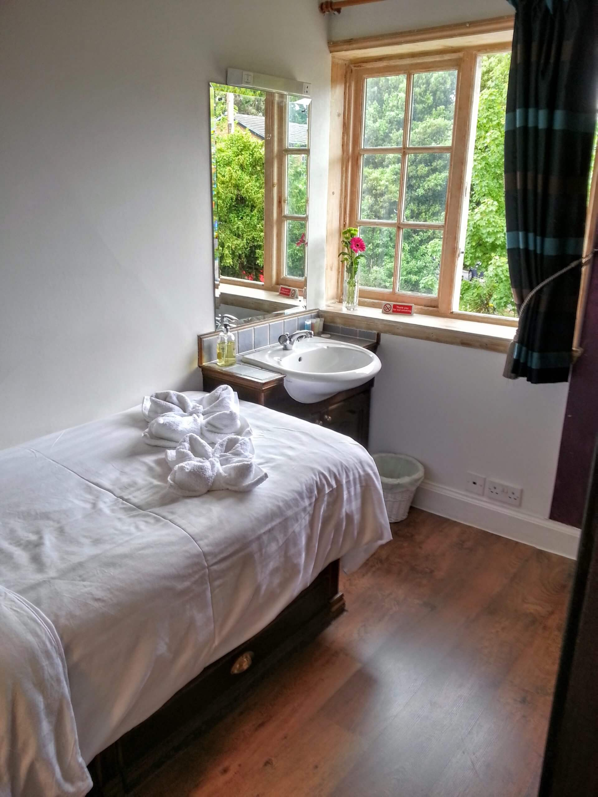 Bed and breakfast near Claygate
