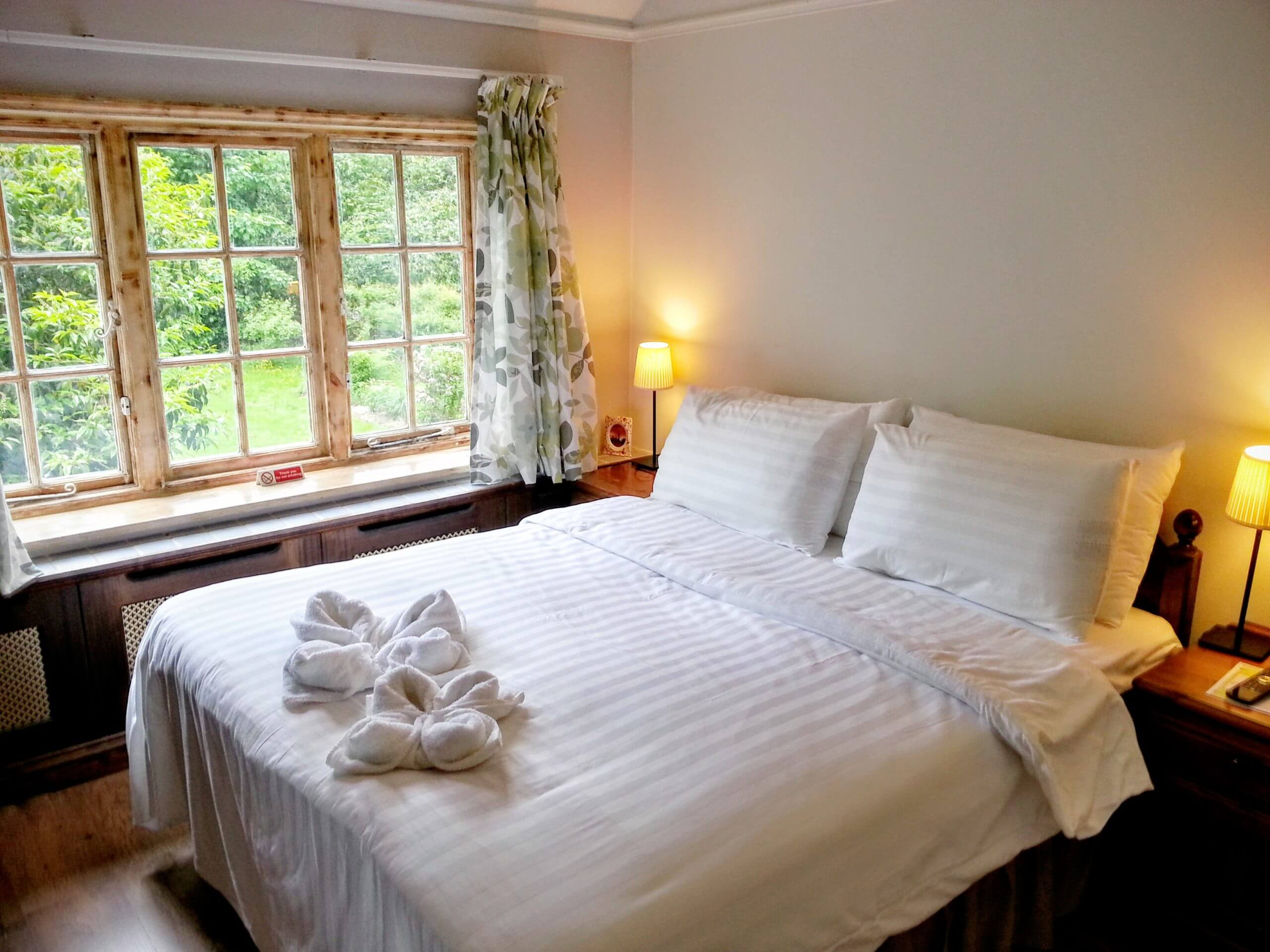 small lodging near Claygate
